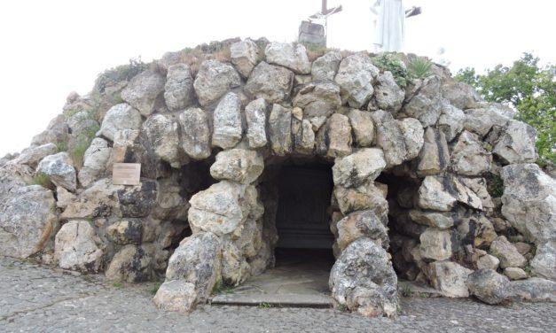 La grotte d'Adam